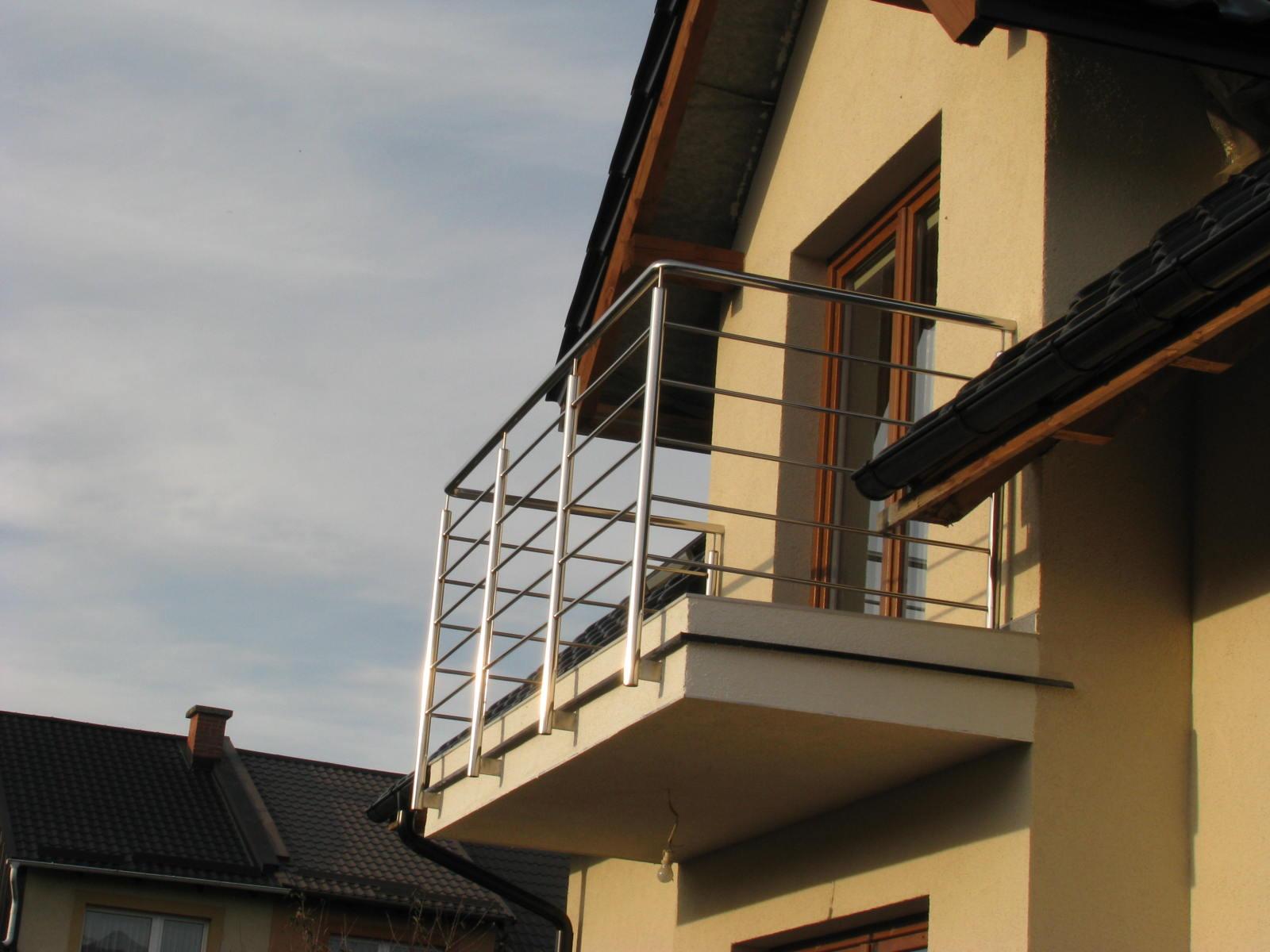balkon-nierdzewny