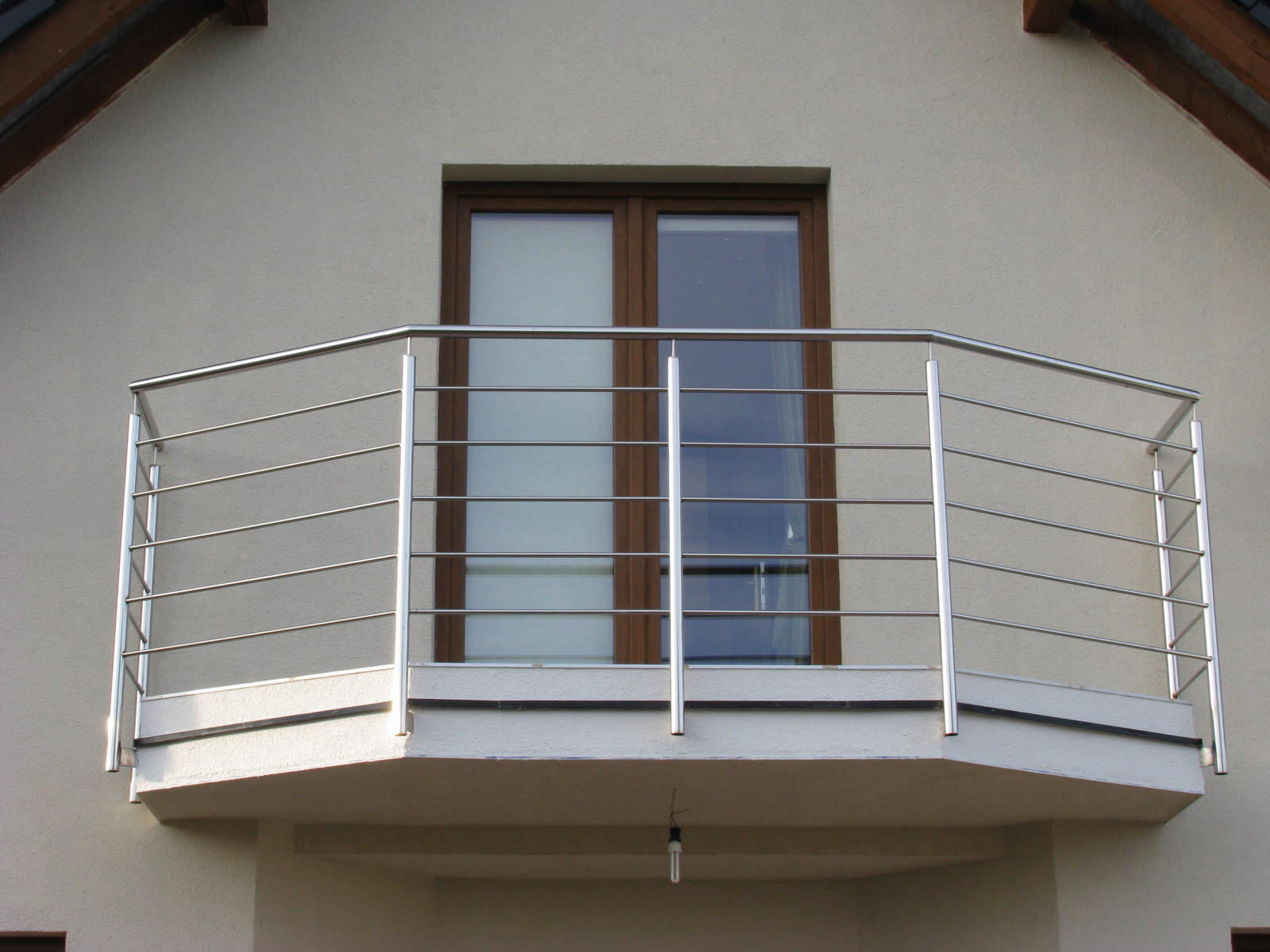 balkony-ze-stali-nierdzewnej_0